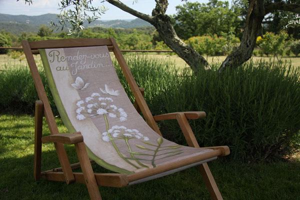Farniente philosophie de la chaise longue tous les - Toile pour chaise de jardin ...