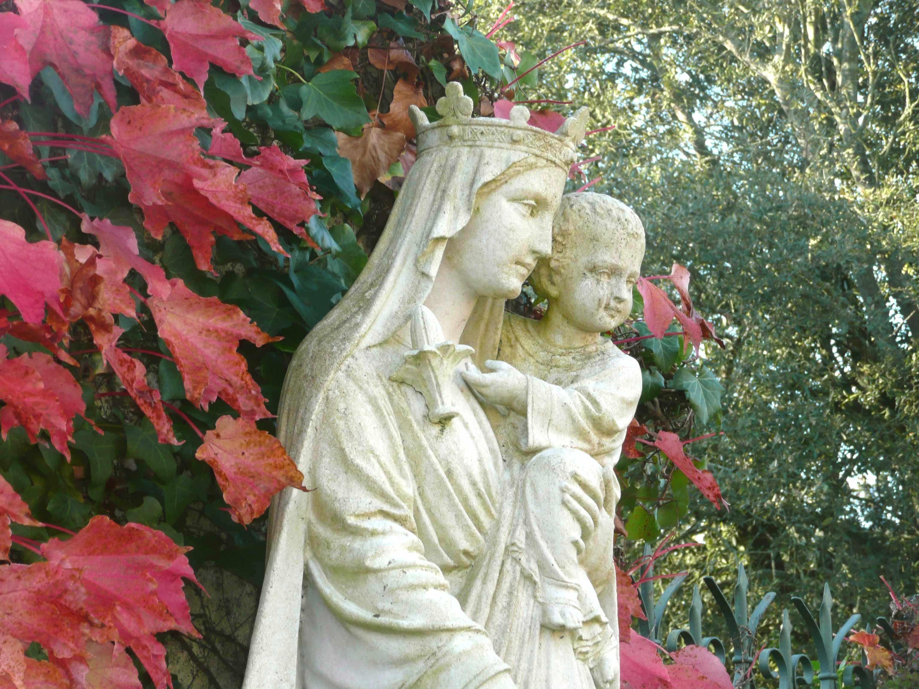 Statue vierge tt talmont gp profil 10 2011 for Statue vierge marie pour exterieur