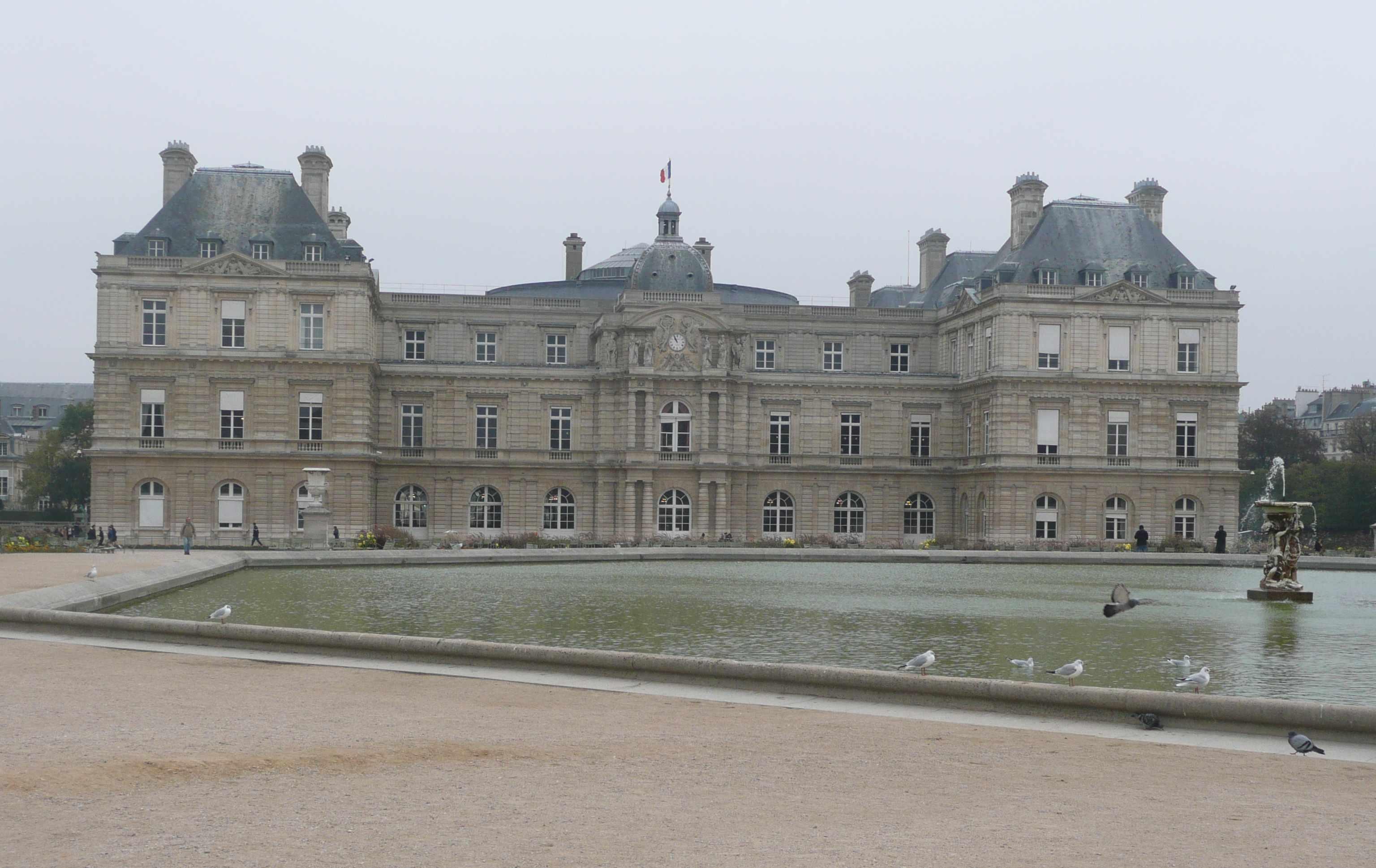 301 moved permanently for Au jardin du port le palais