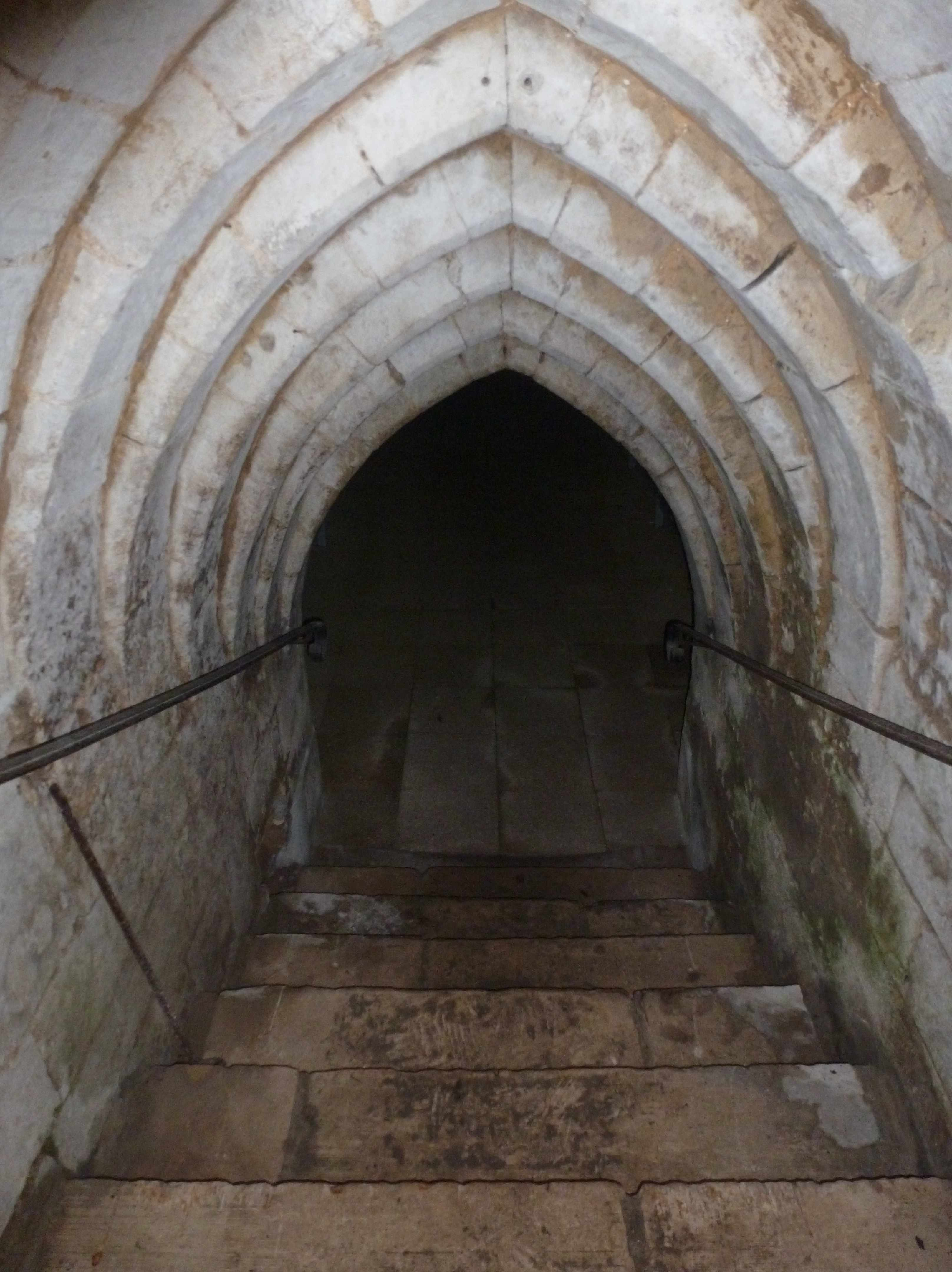 escalier de la cave sur pinterest sous sols cave ouvert et escalier ouvert. Black Bedroom Furniture Sets. Home Design Ideas