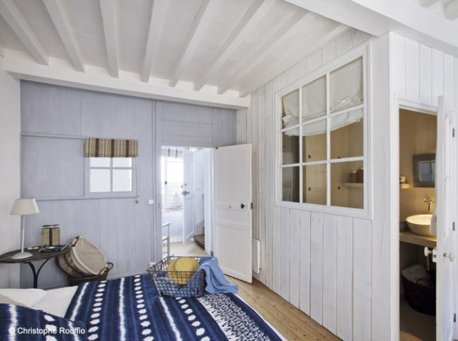 chambre bleu marine et blanc salle de bain ouverte sur la chambre - Salon Bleu Marine Et Blanc