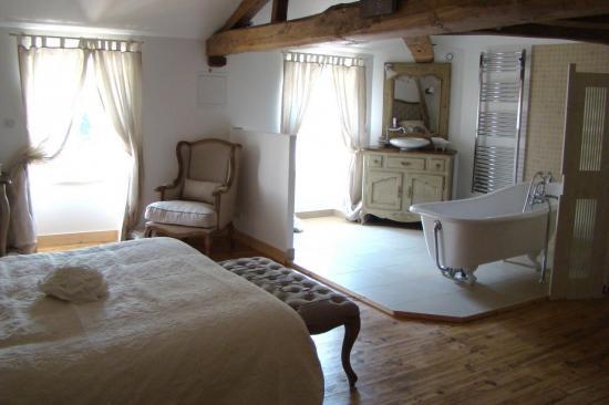 Pour ou contre la salle de bain ouverte sur la chambre for Salle de bain ouverte sur chambre