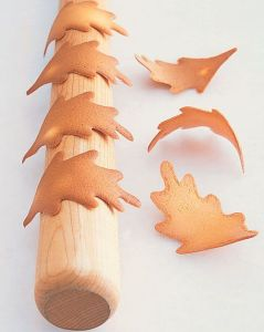 Tuile-Leaves-Martha-Stewart-via-Stickerzblog-inspiration-automne