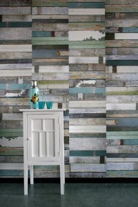Scrapwood-wallpaper-green-Studio-Ditte